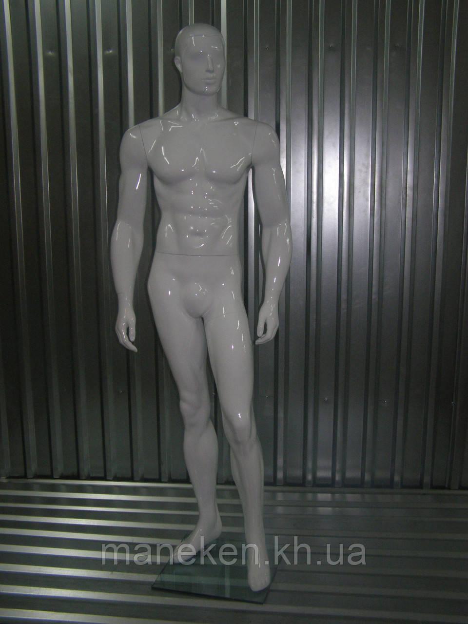 Мужской манекен К36-4 белый