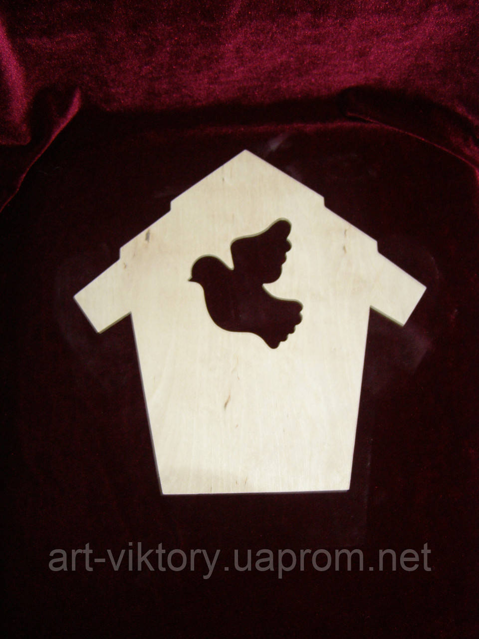 Ключница домик с голубем