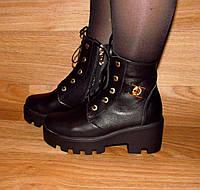Женские кожаные ботинки на шнурке