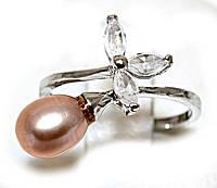 Кольцо под серебро с жемчужиной и фианитами, 17 размер.