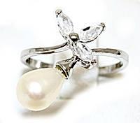 Кольцо под серебро с жемчужиной и фианитами.Выберите размер.