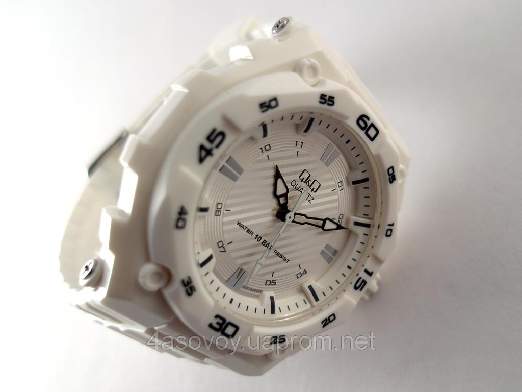 b441f930 Часы Q@Q белые 10Bar ( можно нырять, противоударные, белый полимерный  ремешок )