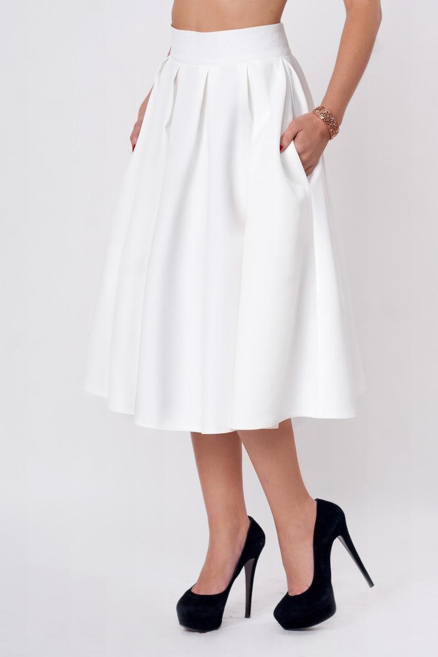 Клёшная юбка-миди молочного цвета