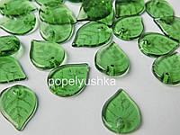 Намистини -листочок прозорі акрилові , Зелені 15*15 мм