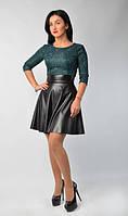 Очаровательное платье с пышной юбкой