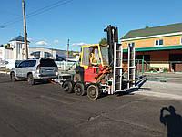 Прицеп для перевозк погрузчика 4,6м х 1,6м. . Два тормозных торсиона из трёх.