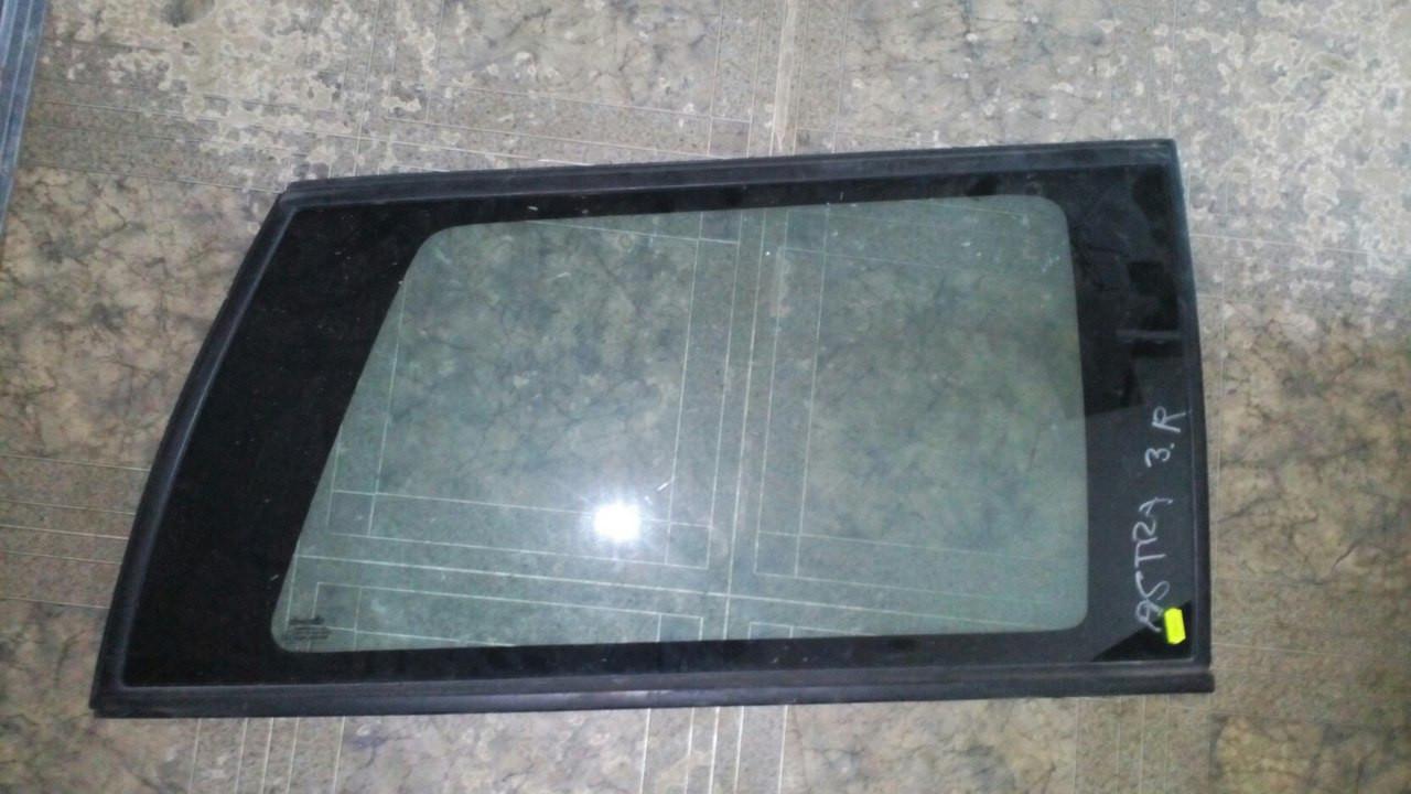 Б/у стекло в кузов праве для универсала Opel Astra F