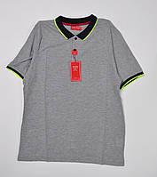 Мужская футболка оптом с воротником-поло серая с салатовой отделкой