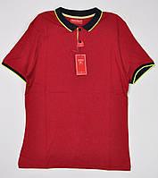 Мужская футболка оптом с воротником-поло красная с салатовой отделкой