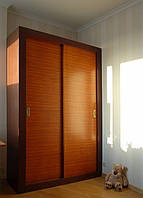Шкаф-купе из деревянного массива