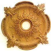 Декоративні дерев'яні елементи