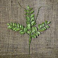 Ветка листья и усики с блестками в ассортименте 831103