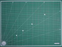 Коврик прочная рабочая поверхность для резки А1 (90х60мм) пр-во Тайвань