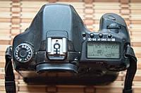 Canon 40 D + BG-E2N + 2 батареи +шнур ..