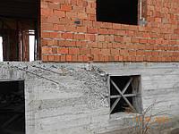 И кладка никакая и бетон такой-же!