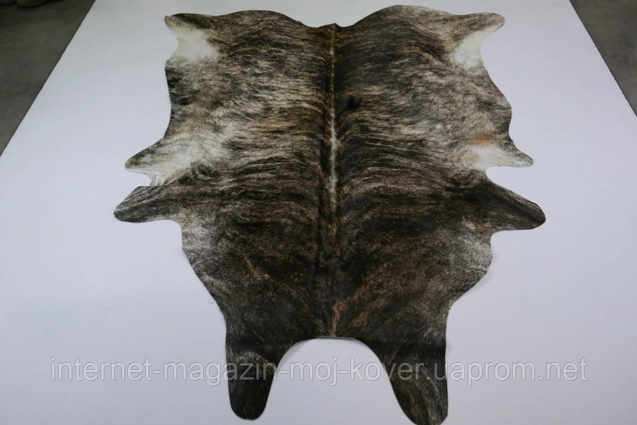 Шоколадно коричневая шкура коровы для украшения интерьера