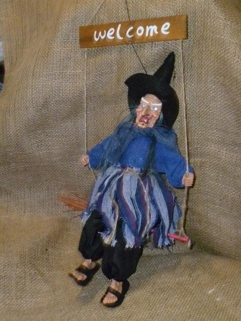 Баба-яга декоративная кукла