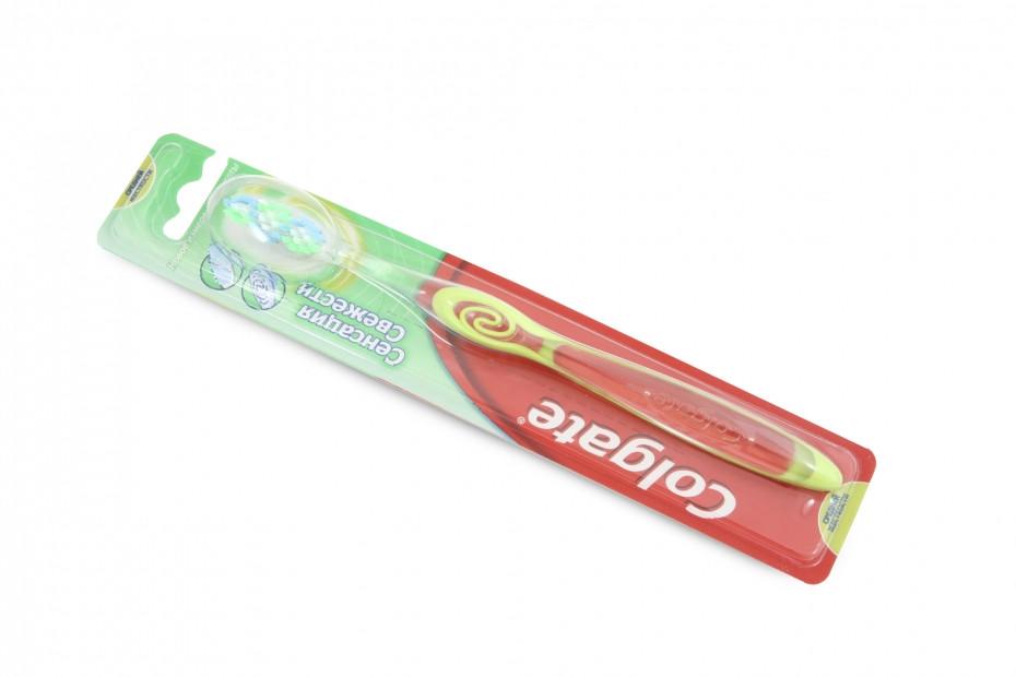 Зубна Щітка Колгейт Сенсація свіжості 1шт (4011200255905)  продажа ... 05ddc2b91be4a