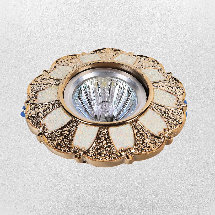 Точечный врезной светильник (модель 47-6804 золотой)