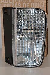 Ліхтар сигналу заднього ходу на Renault Trafic 01-> R — Renault (Оригінал) - 8200968063