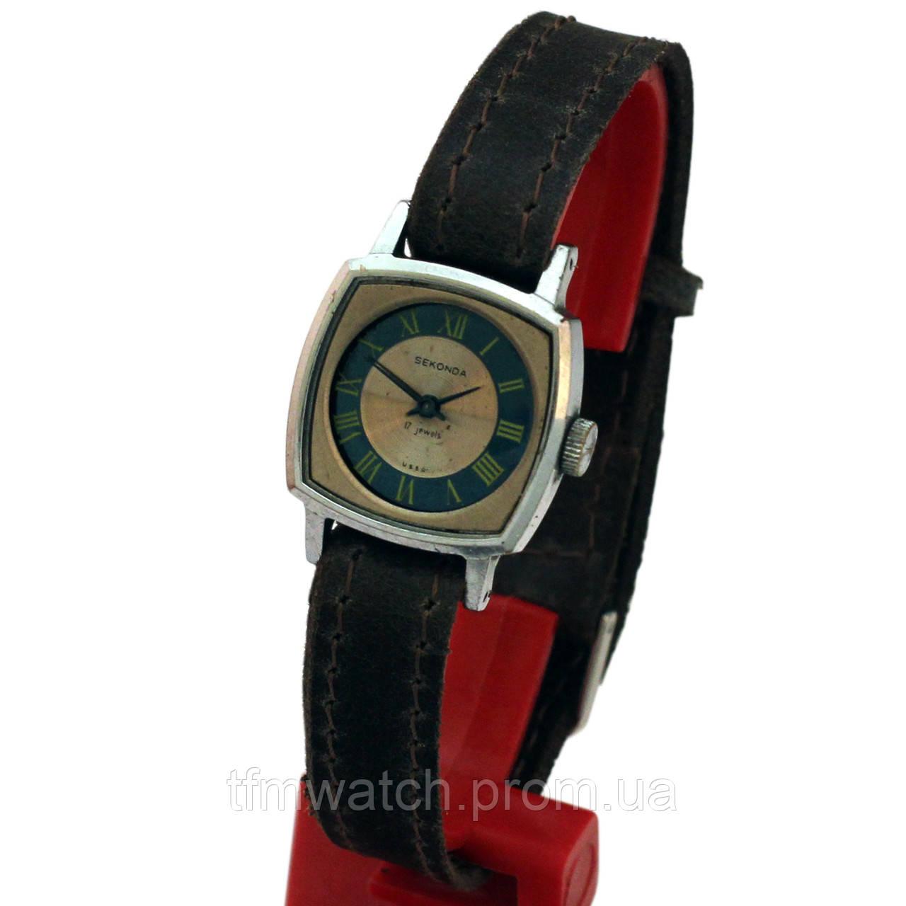 Sekonda 17 камней женские часы СССР