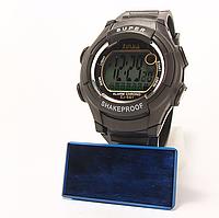 Часы пластмассовые с подсветкой