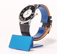 Часы наручные  на  ремешке