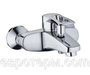 Смеситель для ванны короткий гусак Haiba Hansberg 009