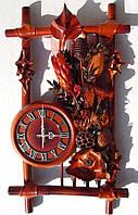 Настенные часы кожа, бамбук с сухоцветом