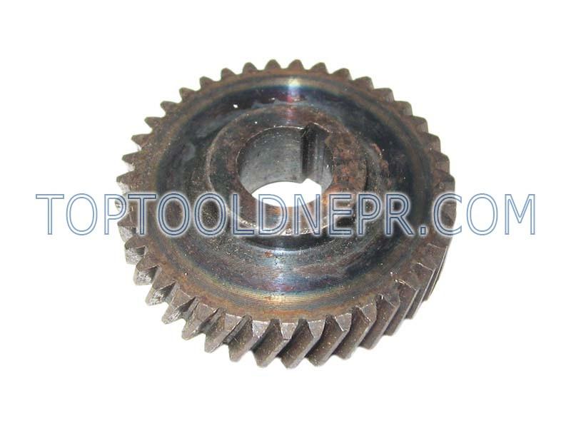 Шестерня для дисковой пилы Интерскол ДП-2000, 55х15х17 39 зубов вправо