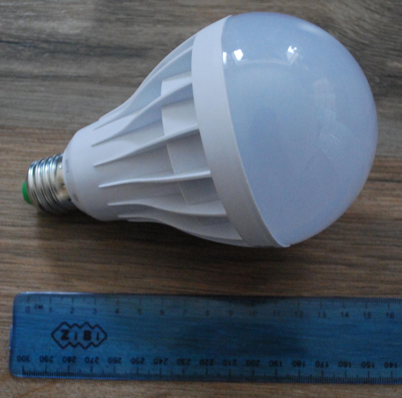 Светодиодная LED лампочка UKC 18W E27, А292