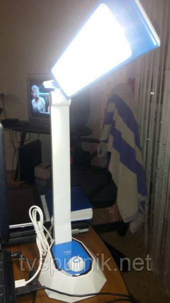 Настольная сетодиодная лампа Yolomo 1052AC
