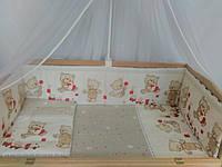 Простынь на резинке в кроватку-Мишка беж