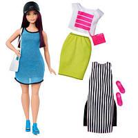 Кукла Барби с набором одежды - пышная / Barbie Fashionistas Doll 38 So Sporty Doll & Fashions