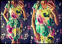 Нарядное женское платье из атласа