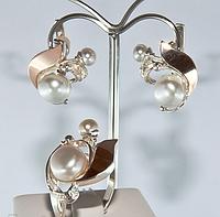 Ювелирный гарнитур из серебра с фианитами