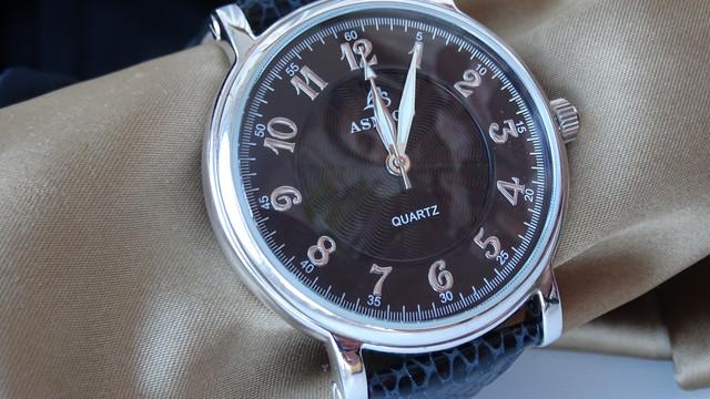 Срібні годинники