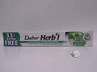 Зубная паста с «базиликом Dabur Herbal»