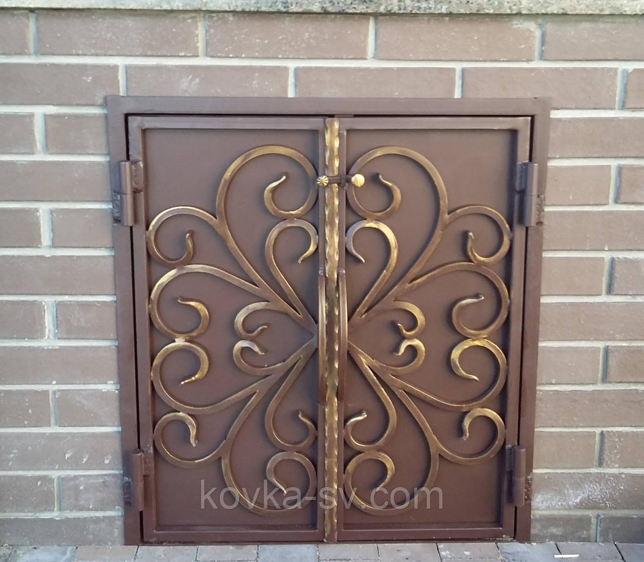 Кованые дверцы для камина
