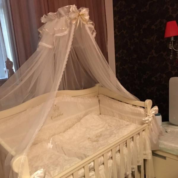 Именные постельные комплекты в кроватку 25