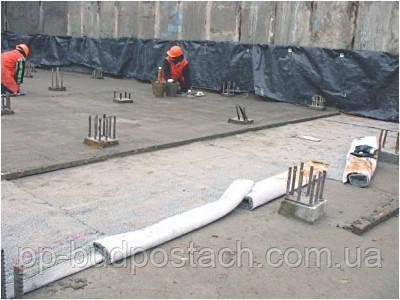 Укладання геотекстилю під залізничне полотно