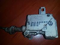 Моторчик открывания лючка бензобака Skoda VW Audi Seat, фото 1