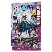 Кукла Monster High Frankie Stein Фрэнки Штейн Развлечения в фото будке Добро пожаловать в Школу Монстров