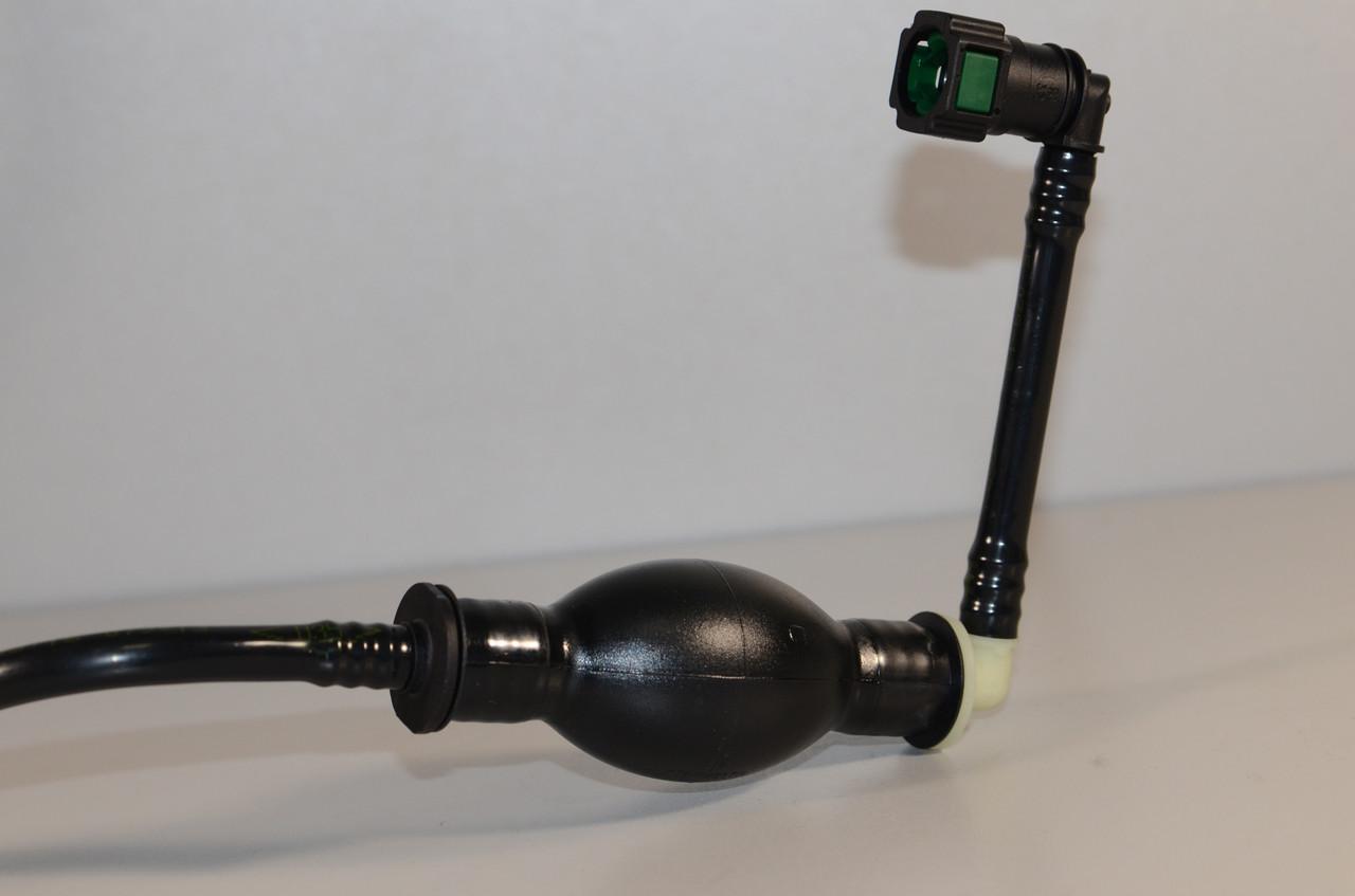 Топливная трубка с грушей подкачки на Renault Trafic  2006->  2.0dCi  —  RENAULT (Оригинал) - 8200505325