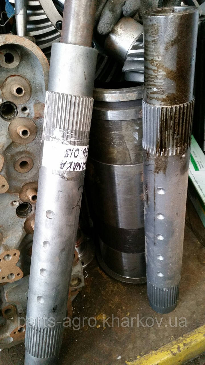 Вал навески Т-150 верхний под один гидроцилиндр 151.56.018-2А
