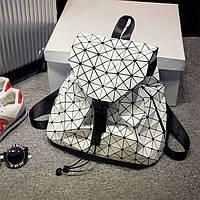 Стильный, практичный и вместительный женский рюкзак Вао Вао ( белый)