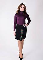 Кашемировая юбка с лаконичным цветочной вышивкой