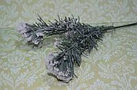 Ветка хвои в снегу 30см