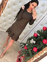 Женское платье с красивым кружевом