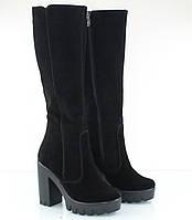 Зимние сапожки  замшевые на высоком каблуке